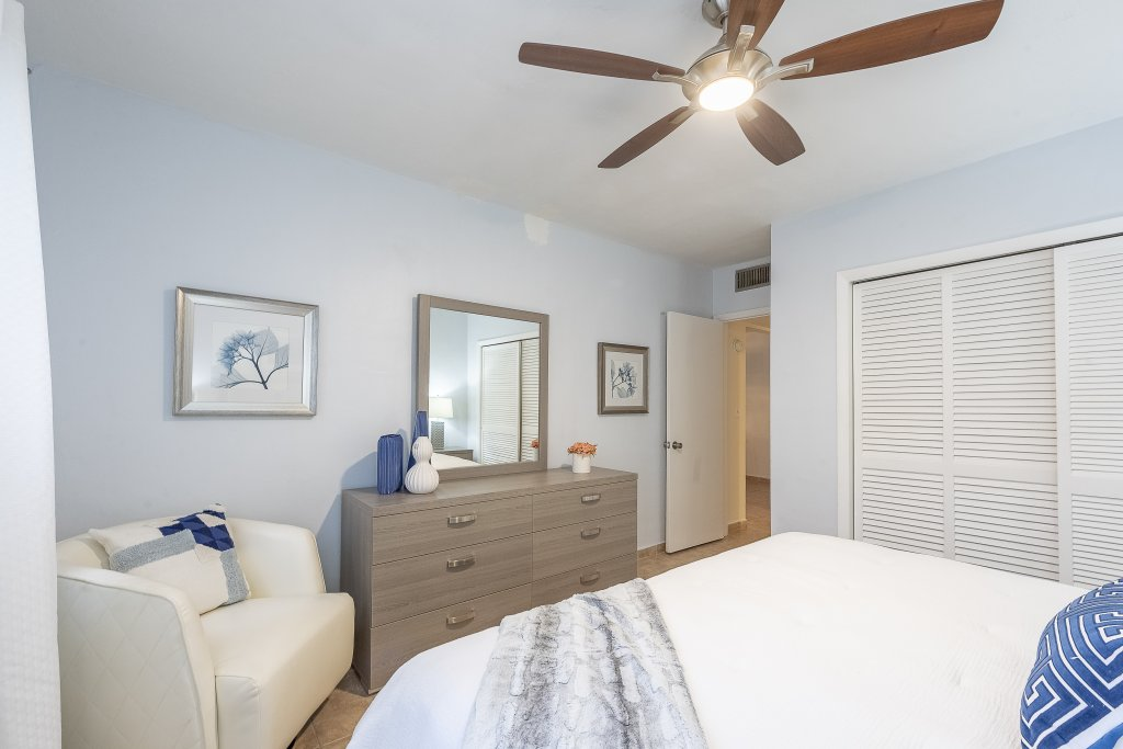 property_image - Apartment for rent in Plantation, FL